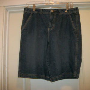 CUTE FADED GLORY BERMUDA JEAN SHORTS 8